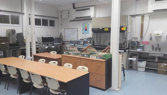 Materials teaching laboratory