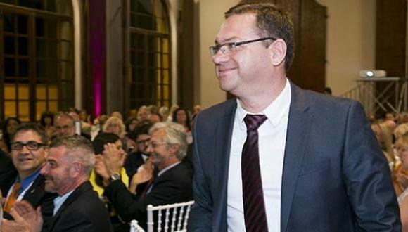 Prof. Gefen